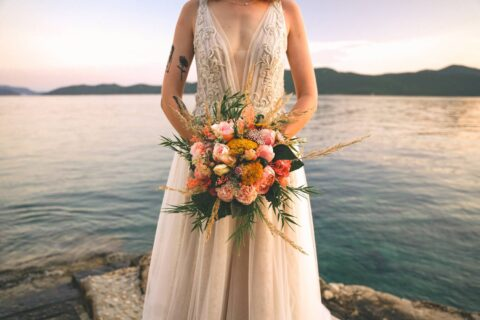 Złoto jako główny kolor na przyjęciu weselnym